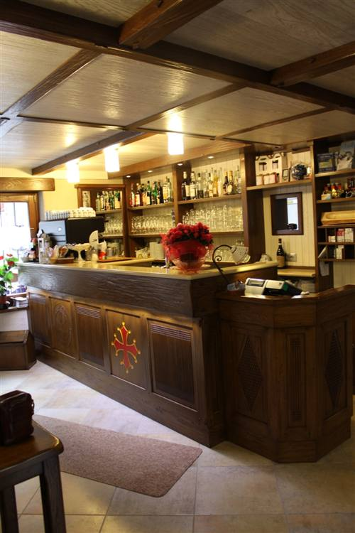 Arredamento Bar Su Misura.Arredo Bar Su Misura Cuneo